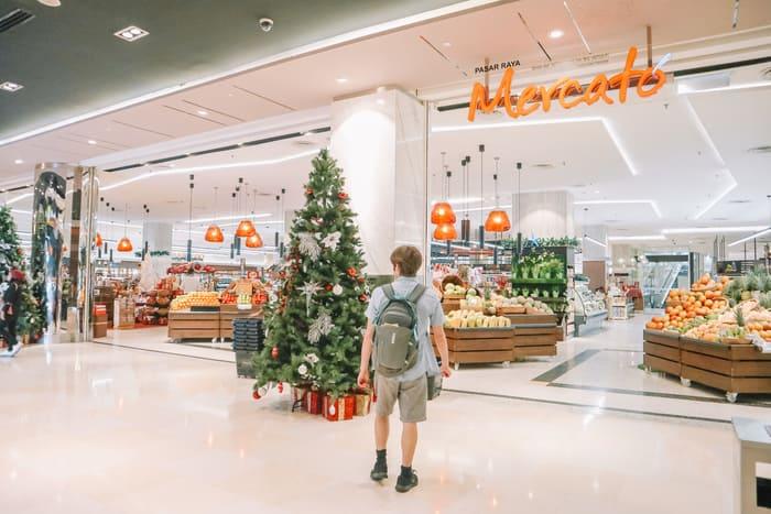 パビリオン1Fのスーパーマーケット